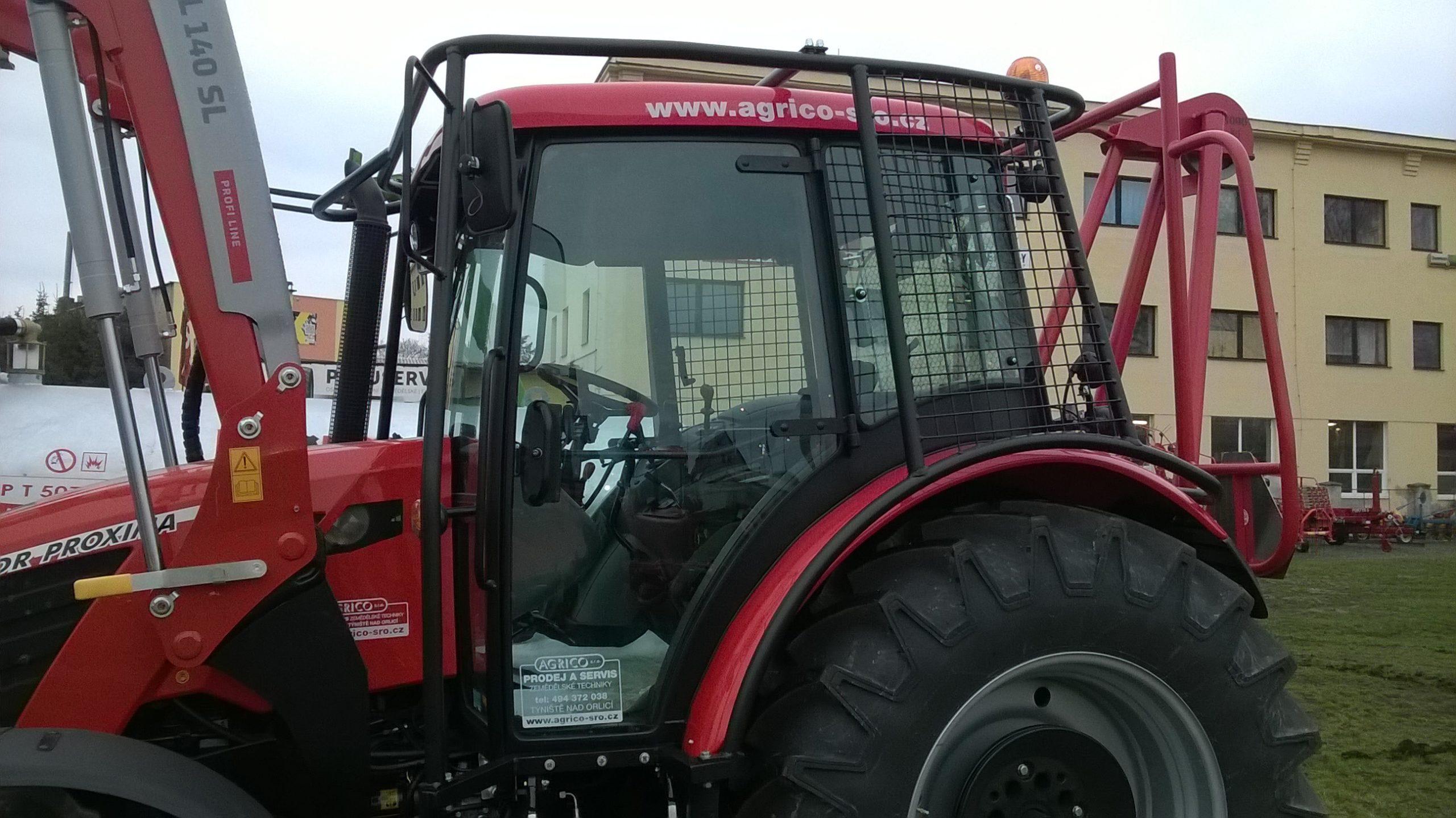 Ochrana kabiny traktoru NT 30
